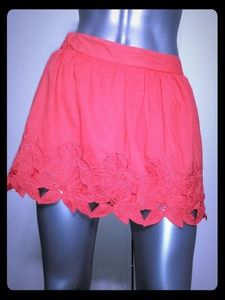 MIMI CHICA • Coral Floral Mini Skirt / (M)